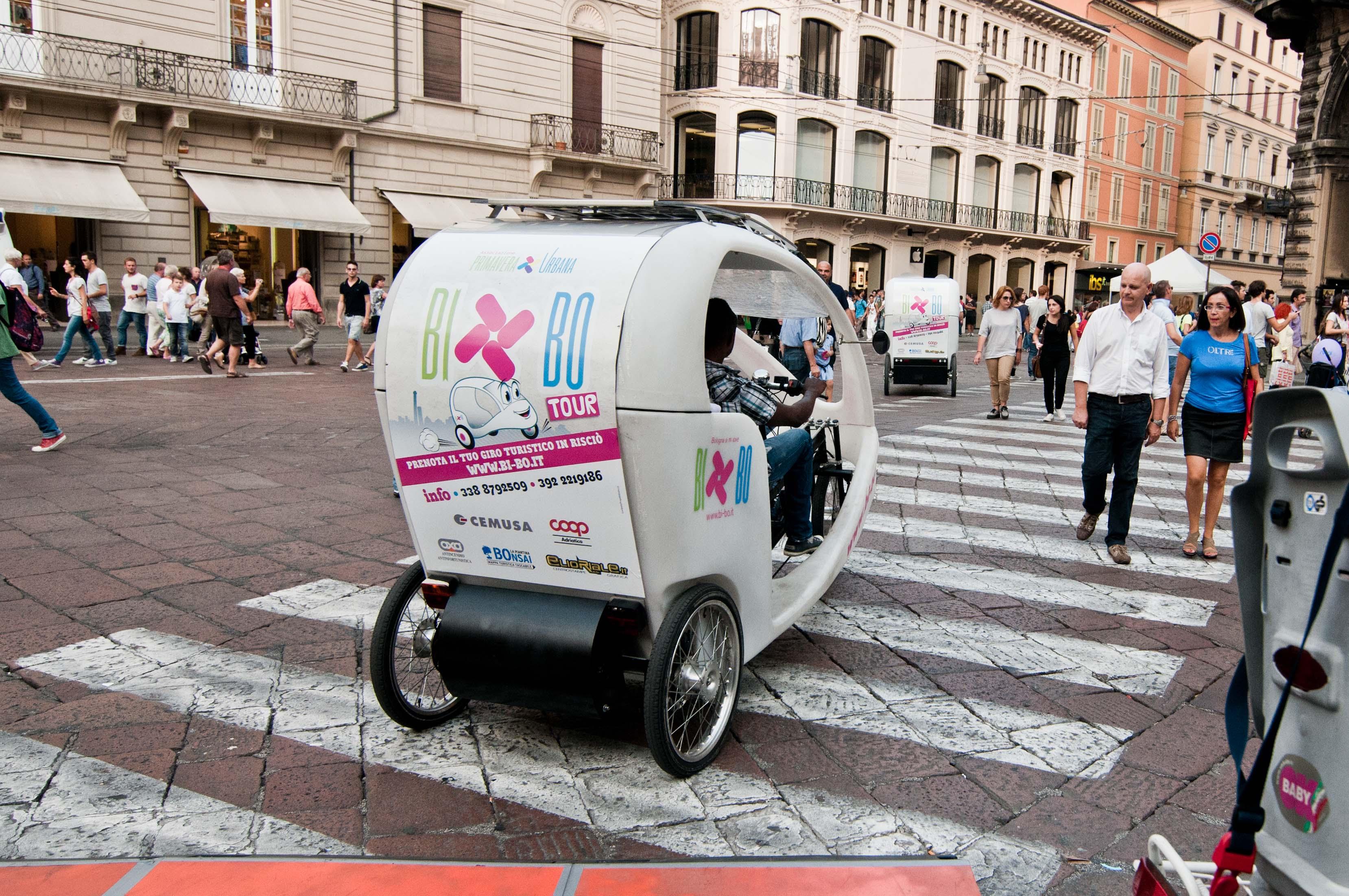 BI-BO TOUR per le strade del centro di Bologna