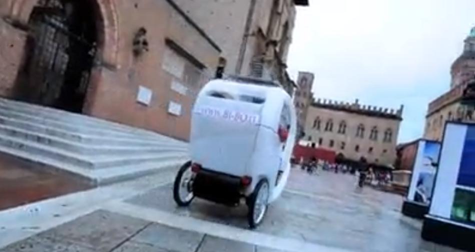 Nel giugno 2010 il primo risciò arriva a Bologna. Questo è il video della prima uscita in BI-BO!